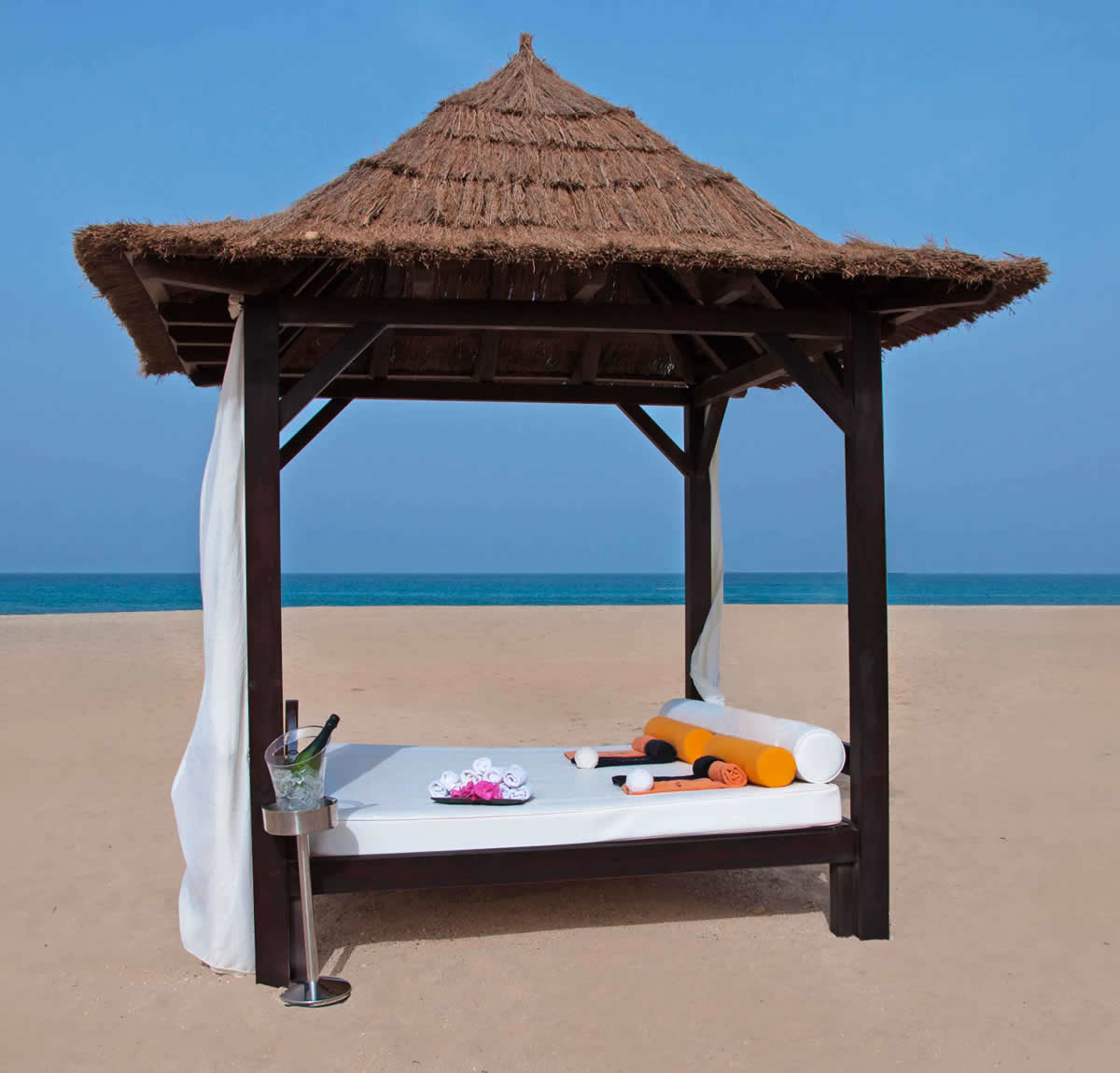 Bali Beds Tortuga Beach Resort Spa